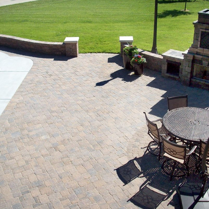 View of the elegant look of Bergerac pavers interlocking